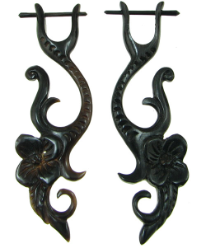 Thorn Style Horn Hanging Floral Earrings