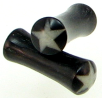 Large Gauge Horn Saddle White Star Plugs